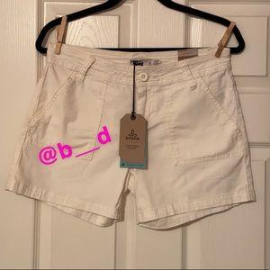 PrAna Tess Short size 6